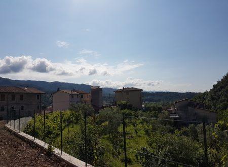 Nuova costruzione di Villetta bifamiliare con giardino pertinenziale  in La Spezia Località Follo -Piana Battolla -Via Roma a circa 30 minuti dal mare